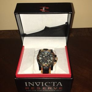 Invicta Excursion Watch. Black and gold.